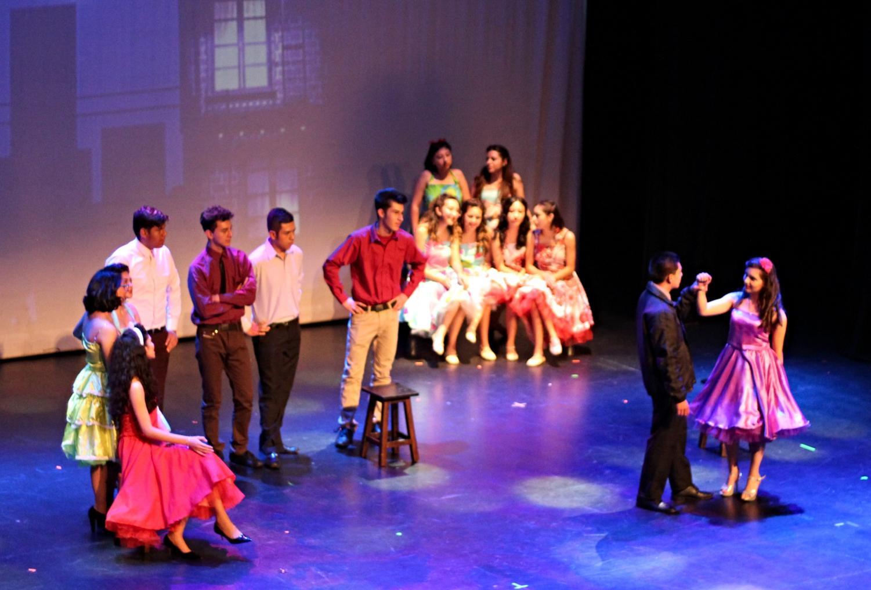 Talent Show de bachillerato: un clásico de Broadway que enamoró al CAS
